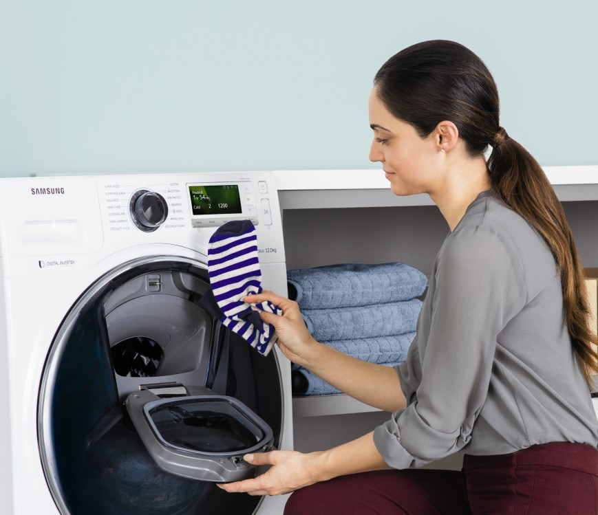 samsung-admits-in-russia-washing-machines-addwash-with-the-ability-to-add-clothes-during-washing-1